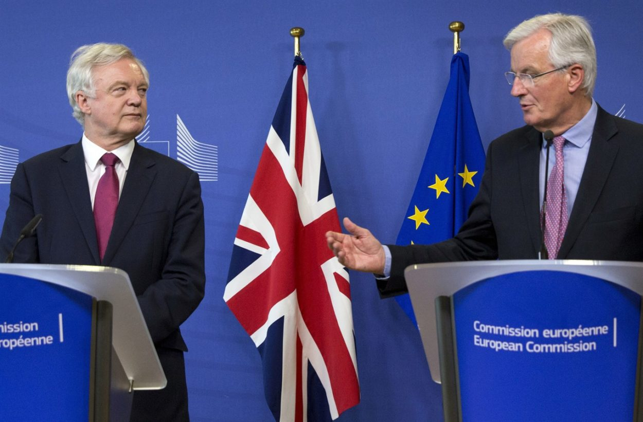 David Davis should announce UK withdrawal from the negotiations unless the European Council consents to trade talks
