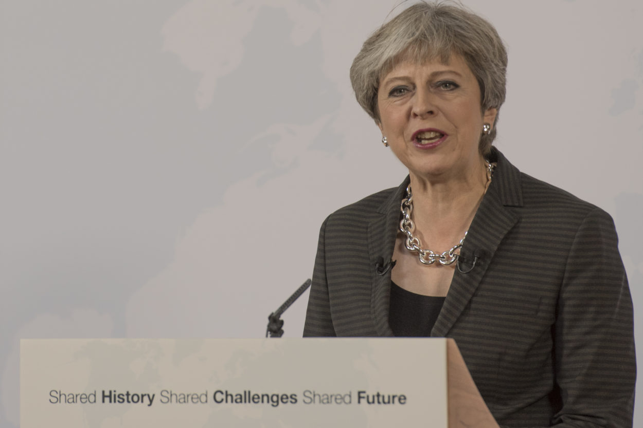 Theresa May must name the day a transition period will end or risk losing the British people's trust