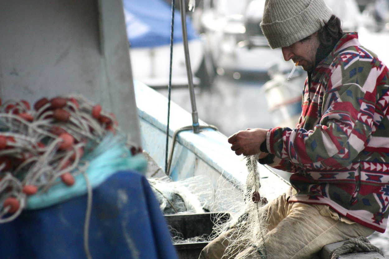 We'll be caught hook, line, and sinker if we don't exclude fishing from the transition deal