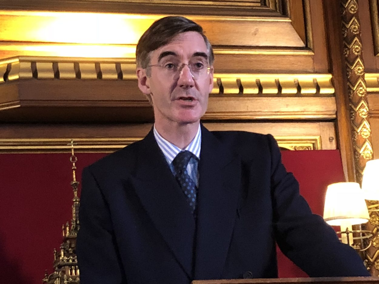 "Jacob Rees-Mogg pens explosive ""chuck Chequers"" letter to turn Tory grassroots against May's plan"